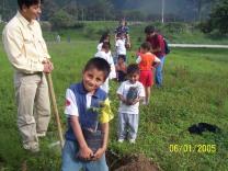 Plantar en la aldeaSOS